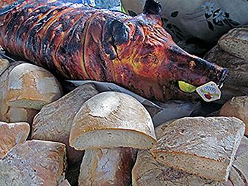 """""""Bread & Boar"""" Florence street market"""