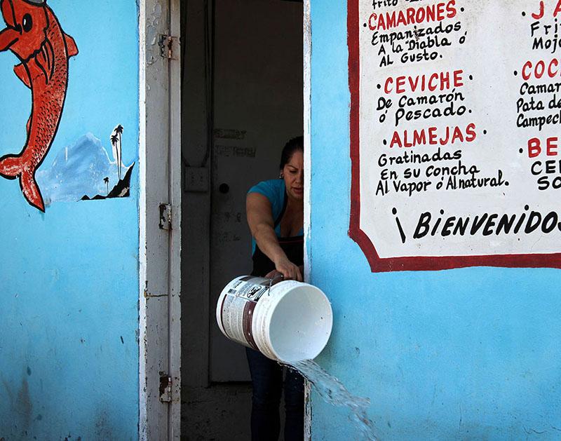 """""""Bienvenidos,"""" Baja, MX 2015"""
